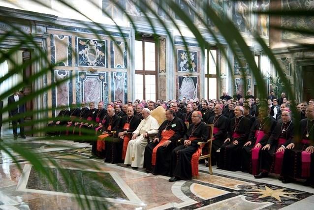 Папа: священник должен быть глиной в руках божественного Гончара