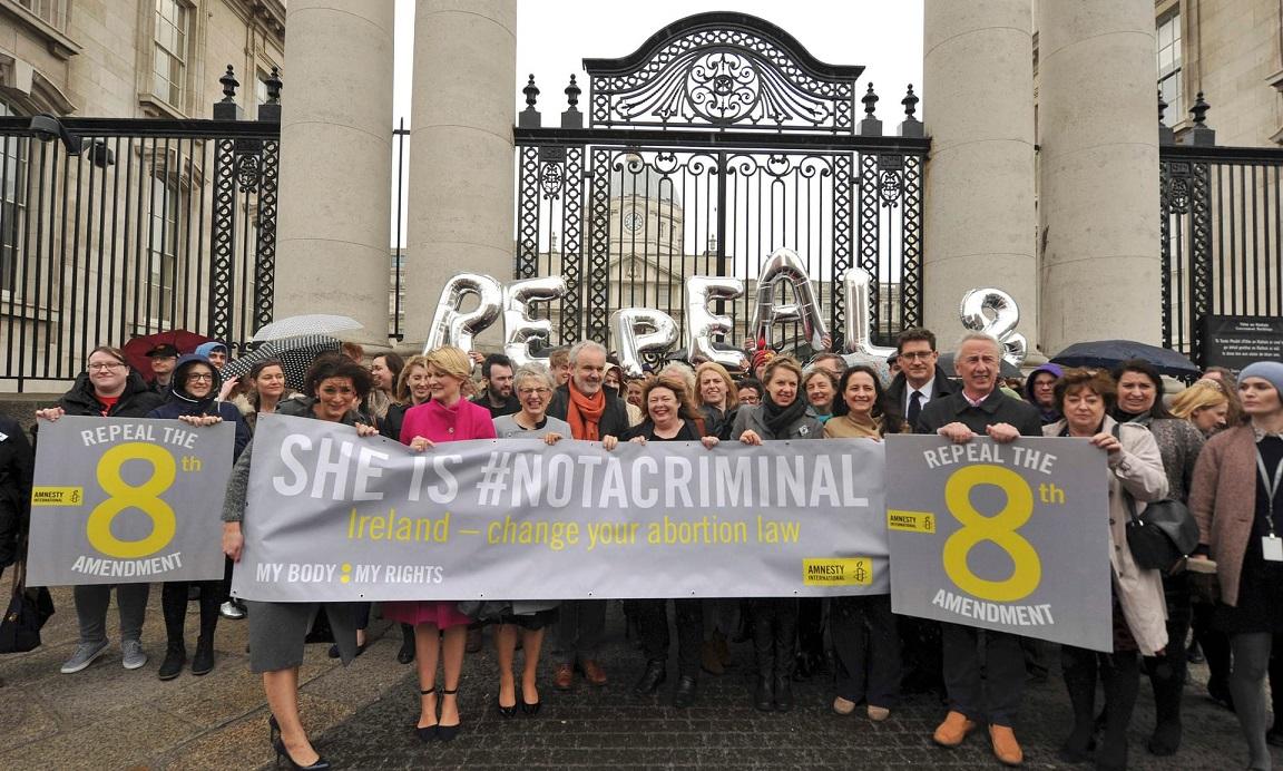 В Ирландии в 2018 году пройдет референдум по абортам накануне визита Папы Римского