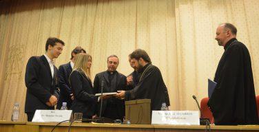 Председатель ОВЦС встретился с учащимися католических школ Италии