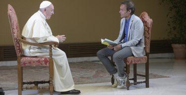 На итальянском телевидении в эфир впервые вышла передача с Папой Римским Франциском