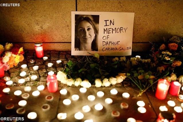 Папа: соболезнования в связи с трагической кончиной Дафне Каруаны Галиции