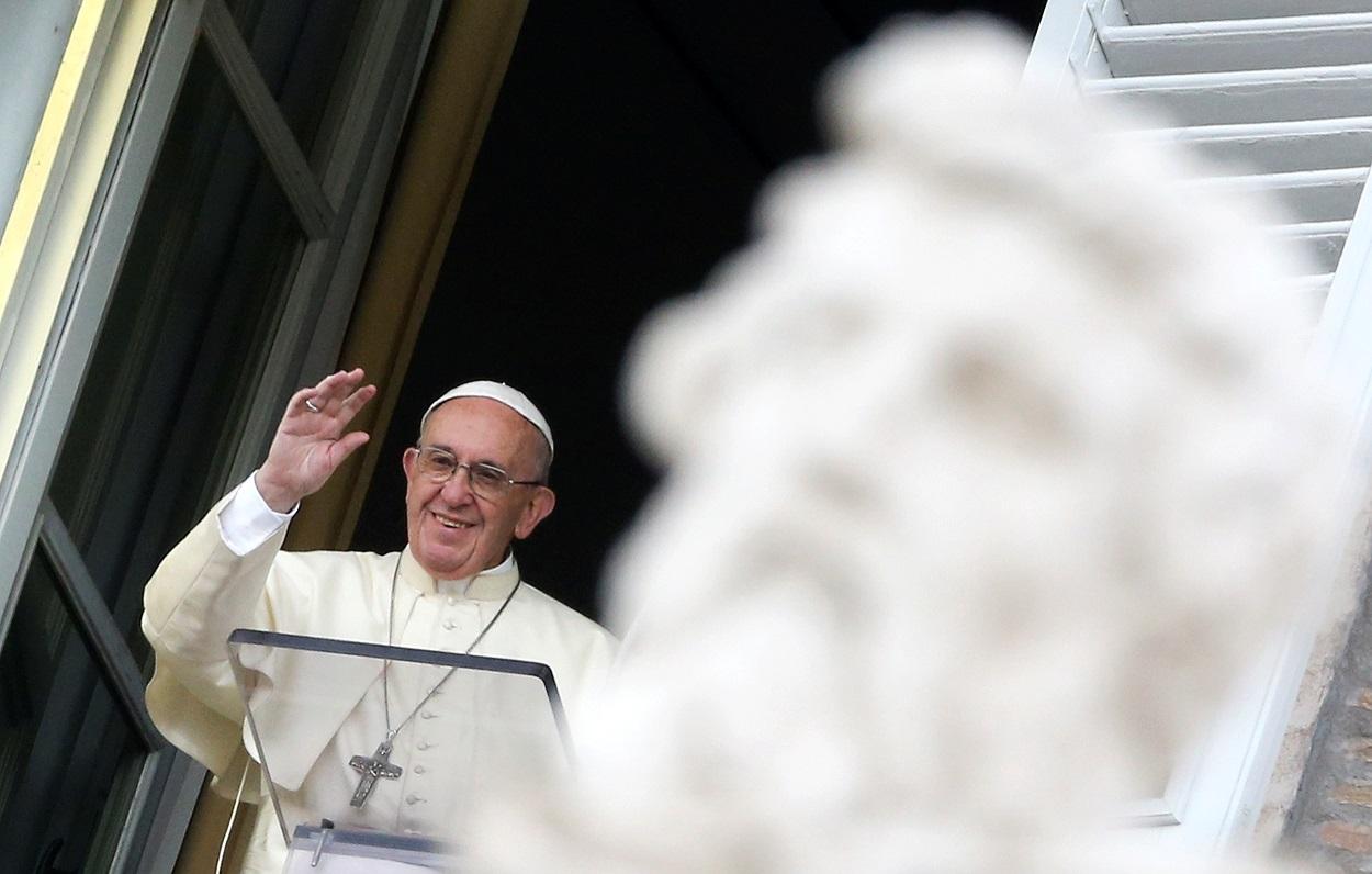 Слово Папы Франциска перед чтением молитвы «Ангел Господень» в торжество Всех Святых. 1 ноября 2017 г., площадь Св. Петра