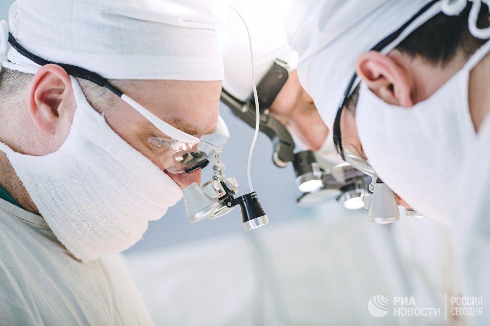 СМИ: Папа Римский считает, что при лечении нельзя злоупотреблять медицинскими технологиями