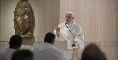Папа: чтобы Церковь росла, её нужно очищать, начиная с самих себя