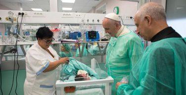 «Противостоять глобальному неравенству в области здравоохранения»: конференция в Ватикане