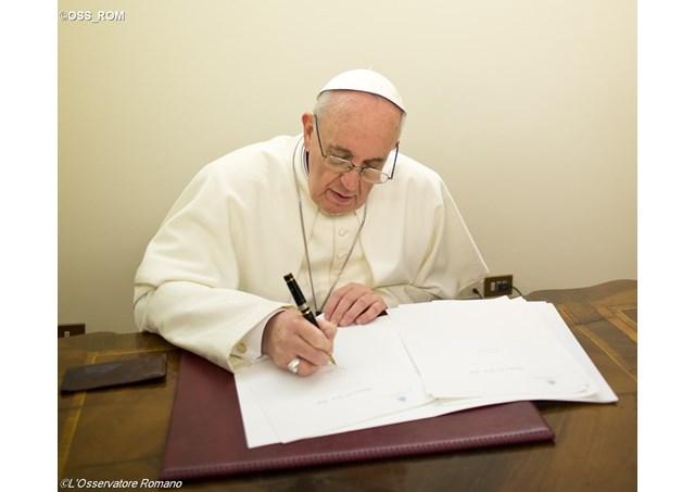 Папа Франциск написал письмо колумбийскому солдату