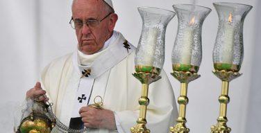 Папа: христиане должны мудро обходить сети коррупции