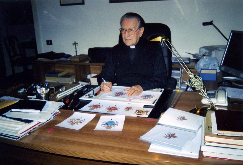 В Риме скончался кардинал Кордеро Ланца ди Монтецемоло