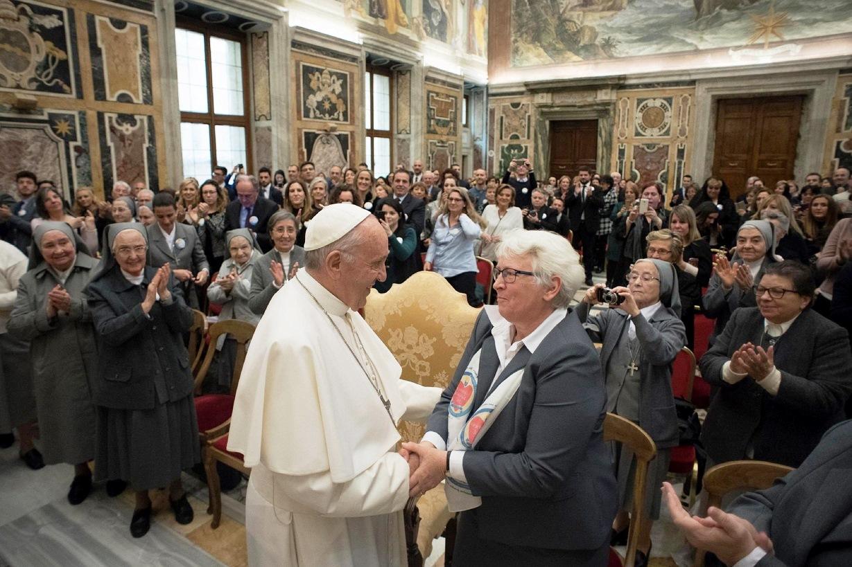 Папа — монахиням по случаю 100-летия со дня смерти святой Франчески Кабрини: видеть знаки времени