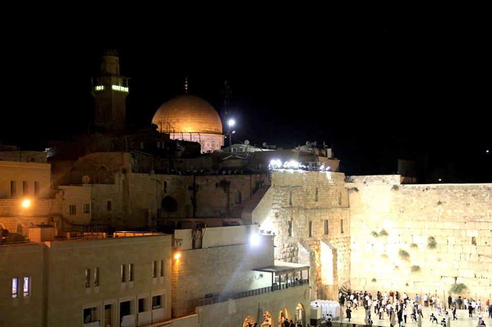 Новую станцию рядом со Стеной плача в Иерусалиме назовут в честь Трампа