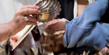 Крещение детей в Сикстинской капелле. Папа: родители должны говорить на «диалекте любви»