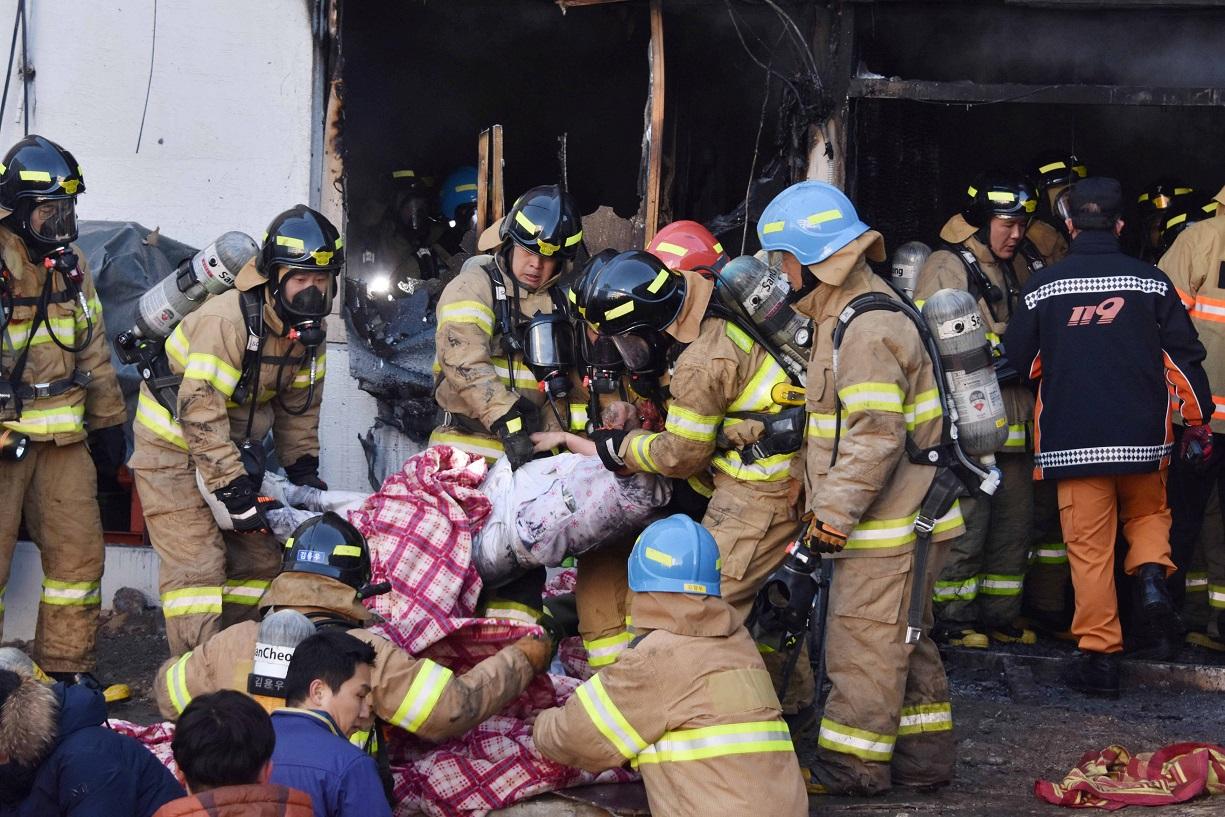Папа скорбит о жертвах пожара в южнокорейской больнице