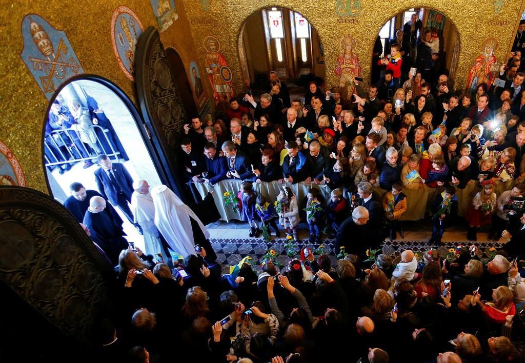 Знаменательный день для украинских греко-католиков: Архиерейская Божественная Литургия и визит Папы Франциска в базилике Св. Софии в Риме