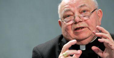 В Ватикане увидели угрозу человечеству в клонировании приматов