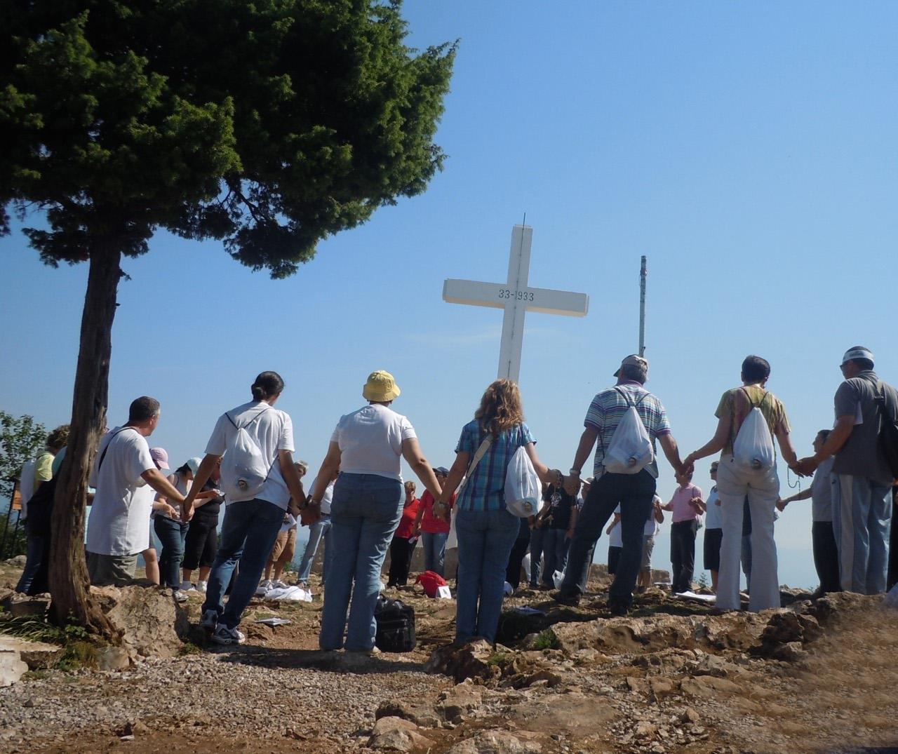 В Боснии и Герцеговине неизвестные осквернили католическую святыню