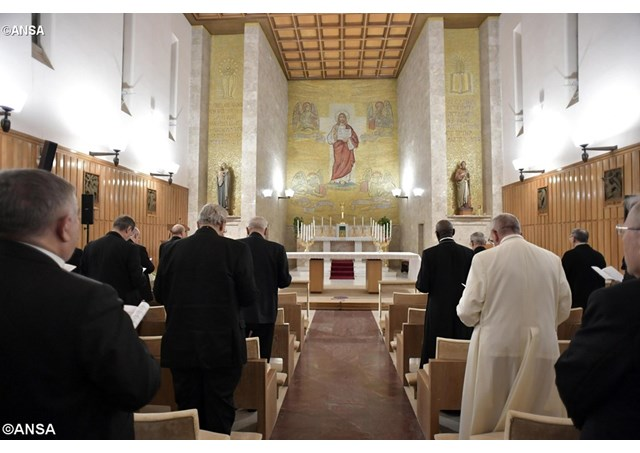 Подходят к концу духовные упражнения для Папы и Римской Курии: «жажда окраин» и Заповеди блаженства