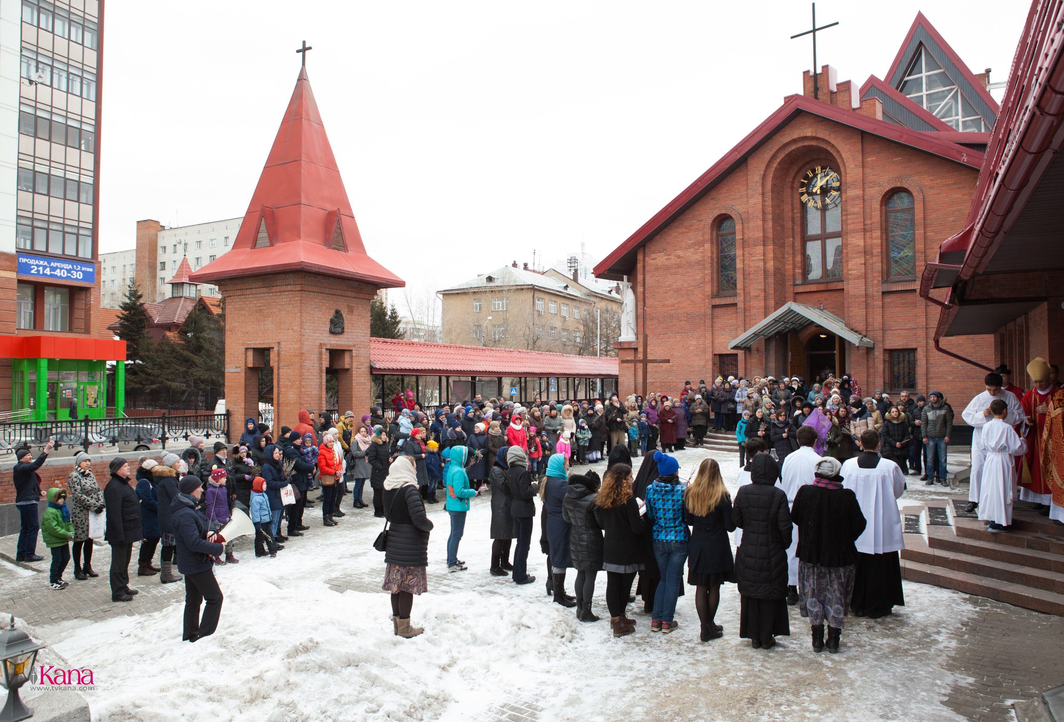 Вербное воскресенье в главном храме Преображенской епархии