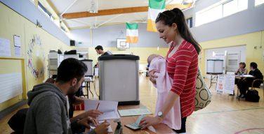 На проведенном референдуме большинство ирландцев выступили за легализацию абортов
