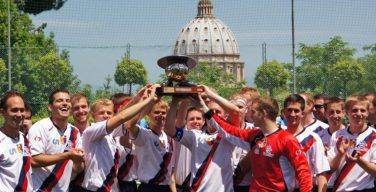 Священники и семинаристы разыграли Кубок Святого Престола по футболу