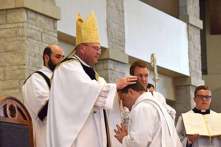 В одной из католических епархий США стремительно растет число священнических призваний