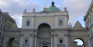 Храмы основных конфессий Петербурга отметили рост посещаемости на фоне ЧМ-2018