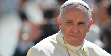 Папа Римский призывает к иным «изменениям», чем правительство Италии