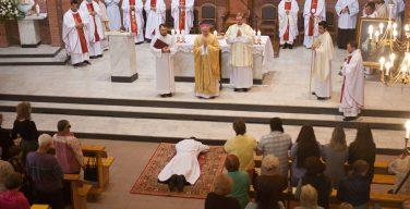 В клир Преображенской епархии пришло пополнение: в диаконы рукоположен Вадим Ладыгин (+ФОТО)