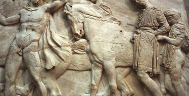 Греция требует вернуть скульптуры Парфенона, вывезенные в Великобританию в XIX веке