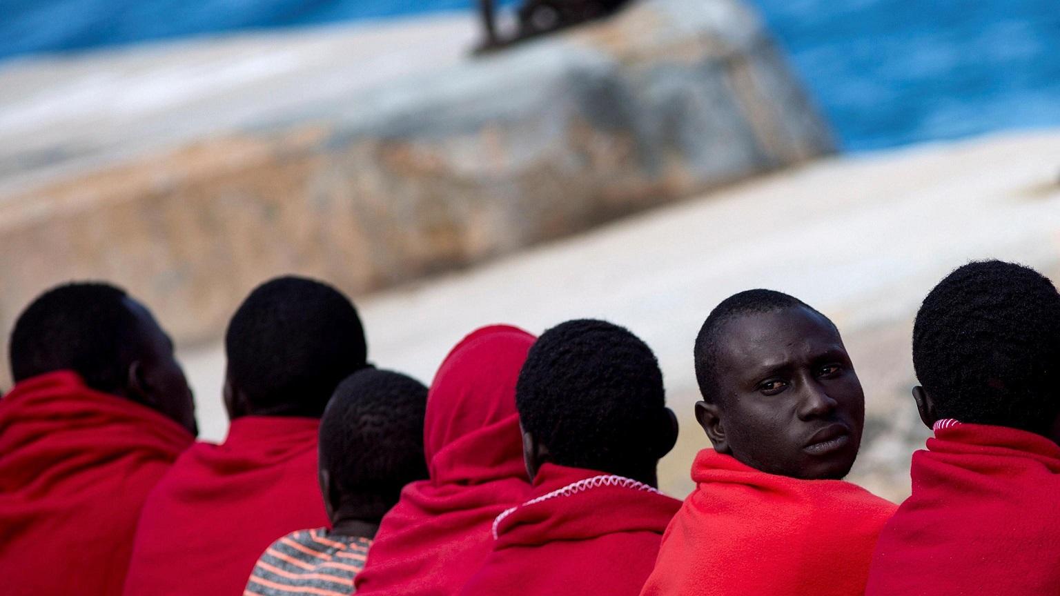 Папа: действовать срочно, не допуская гибели мигрантов в море