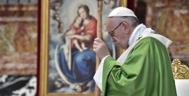 Папа: ответом на феномен миграции должна быть солидарность
