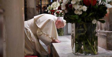 Папа благодарит Бога за встречу в Бари