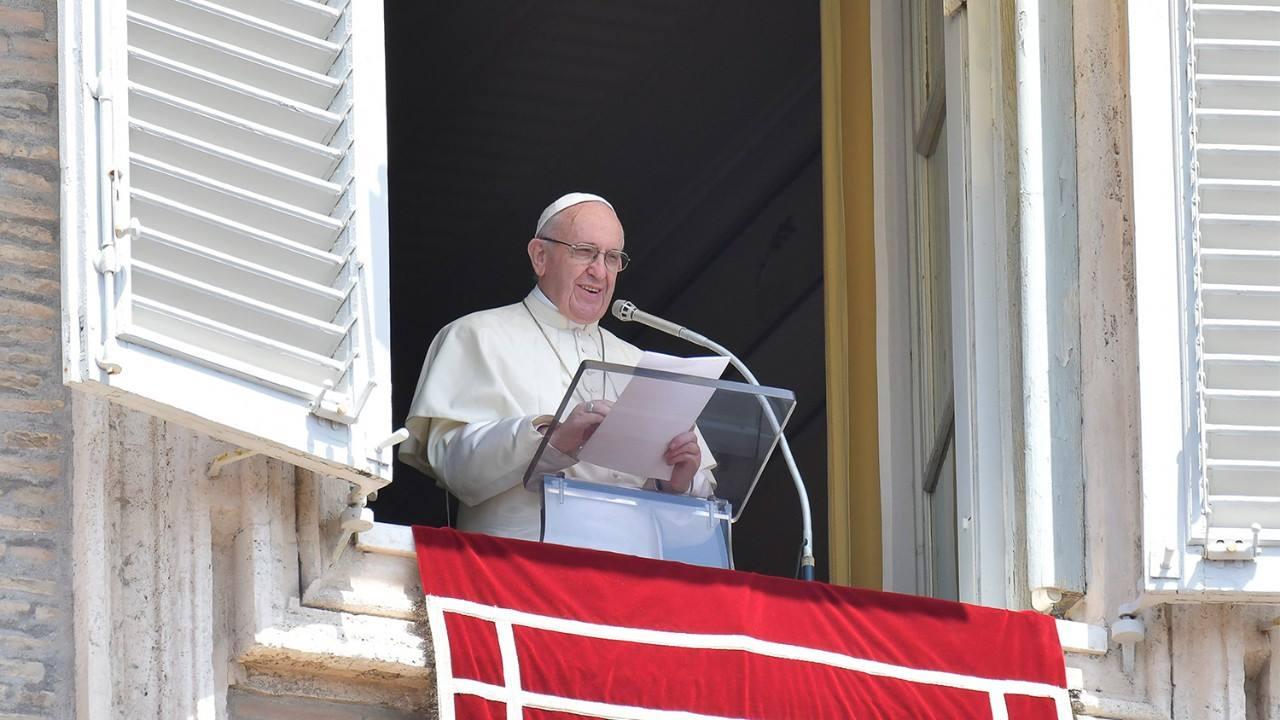 Angelus 29 июля. Папа: быть сострадательными к голодающим