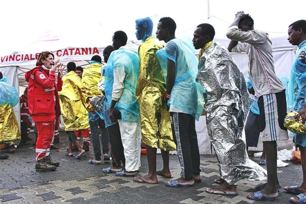 Святейший Престол: защитить человеческое достоинство мигрантов