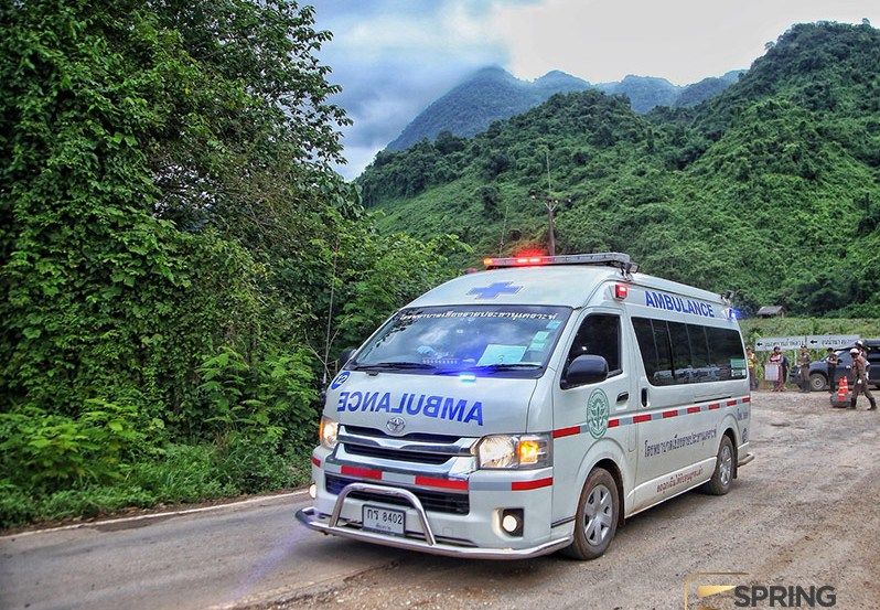 Из затопленной пещеры в Таиланде спасли всех подростков и тренера
