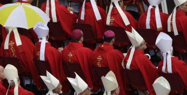 Ожидается, что в четверг Папа Франциск может объявить о новых назначениях в Римской курии