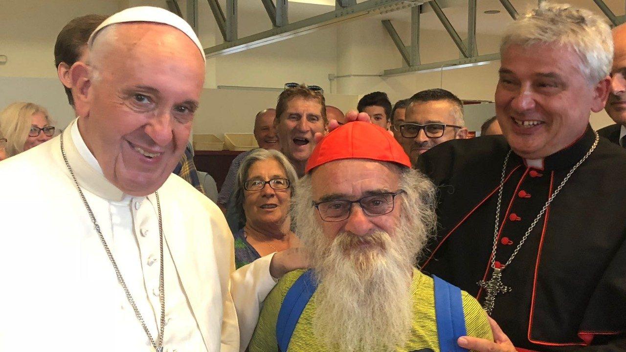«Дон Коррадо» отпраздновал свое кардинальство с бедными