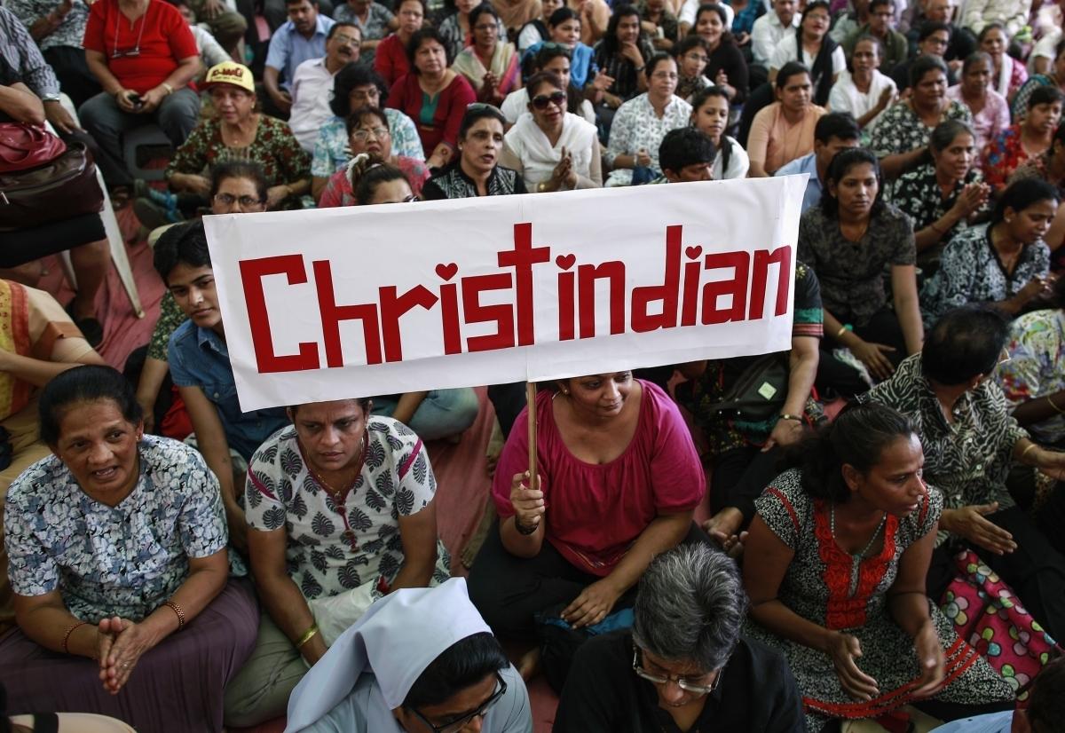 В Индии тысячи христиан сформировали 12-мильную человеческую цепь, протестуя против гонений на Церковь