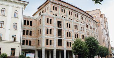 В УГКЦ завершают строительные работы новой клиники святого Луки (ФОТО)