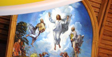 «Фаворская неделя» завершилась торжественной Мессой в Кафедральном соборе Новосибирска