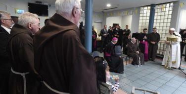 Папа – священникам: даруйте прощение, не копаясь в чужой совести (+ ВИДЕО)