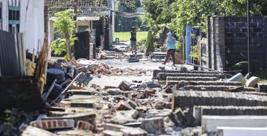 Папа скорбит о жертвах землетрясения в Индонезии