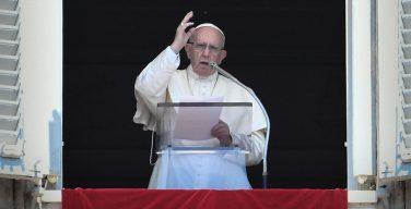 Слово Папы Франциска перед молитвой «Ангел Господень» в 20-е Рядовое воскресенье. 19 августа 2018 г., площадь Св. Петра
