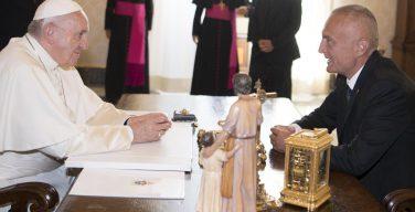 Святейший Отец встретился с президентом Албании