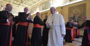 Папа: изучать и ценить опыт других христианских традиций