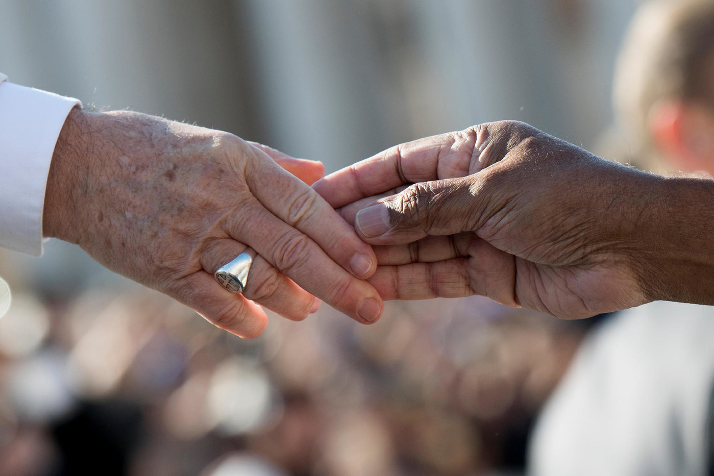 Папа: человеческое достоинство выше прибыли. Послание участникам Межрелигиозного форума в Буэнос-Айресе
