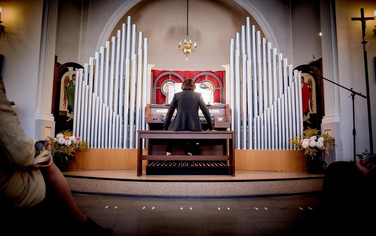 В Новокузнецком католическом храме зазвучал орган (ФОТО + ВИДЕО)