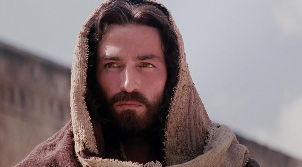 Актер Джеймс Кэвизел: «Мы выбираем поддельное христианство, забывая, что воскресению предшествовали боль и страдания»