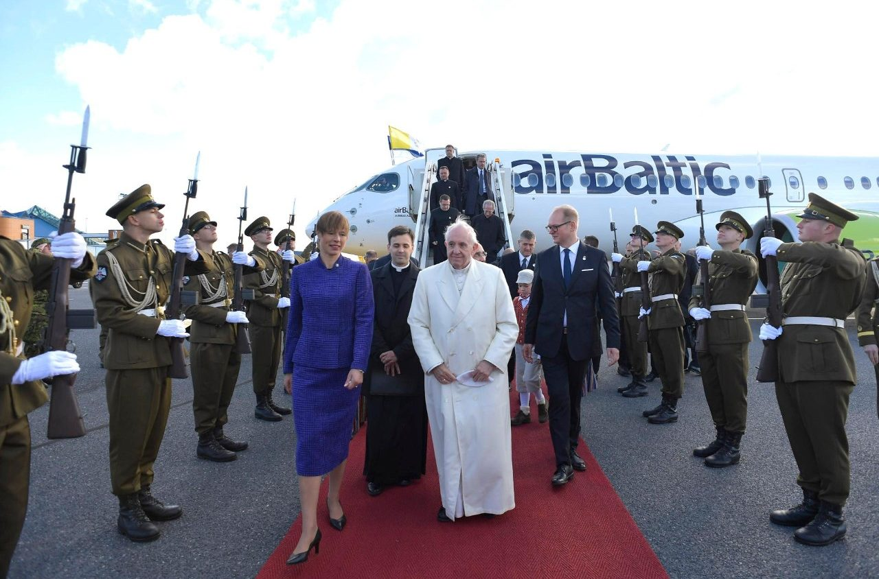 Папа Франциск прибыл в Эстонскую Республику (+ ФОТО)