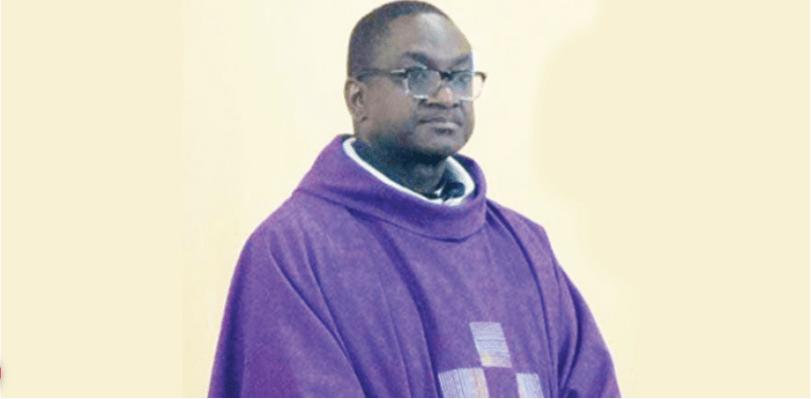 Нигерийский католический священник умер через четыре дня после того, как сбежал от своих похитителей