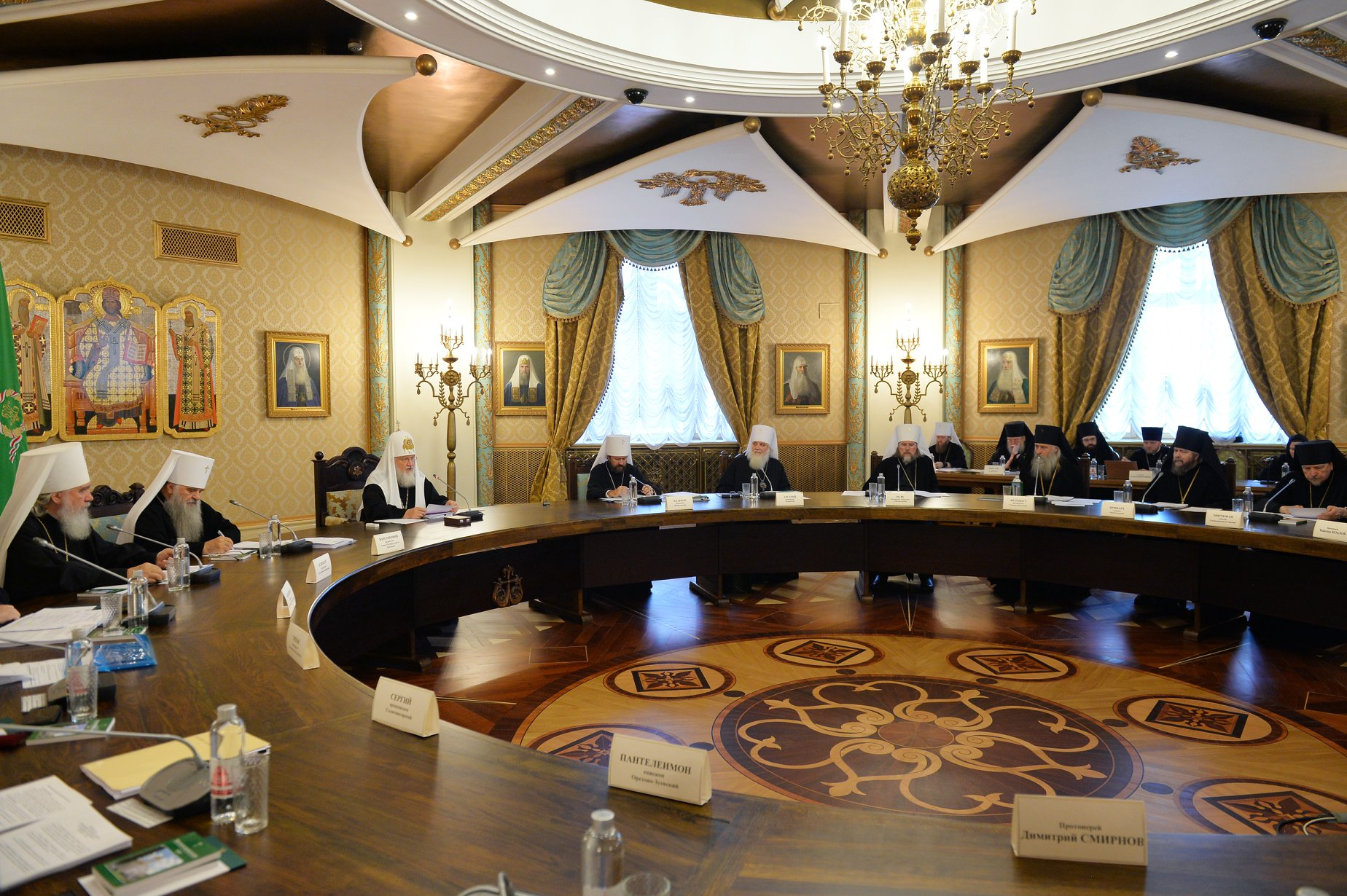Особые молитвы о единстве православия будут совершаться во всех храмах РПЦ